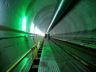 ナイストンネル!